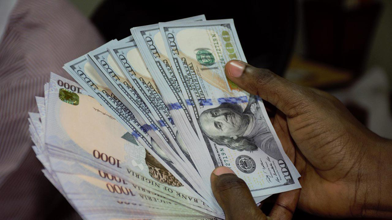 Confusion As Dollar Naira Exchange Is